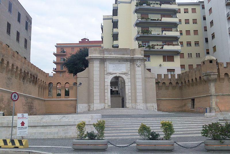 Civitavecchia: alterato dall'alcol aggredisce Carabinieri nel controllo con l'etilometro 1