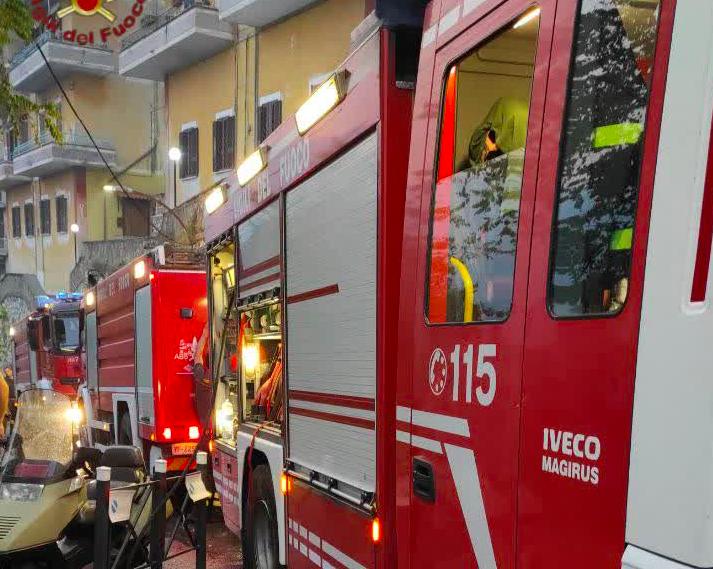 Incendio a nord di Tivoli: evacuata la Comunità Don Bosco (VIDEO) 2