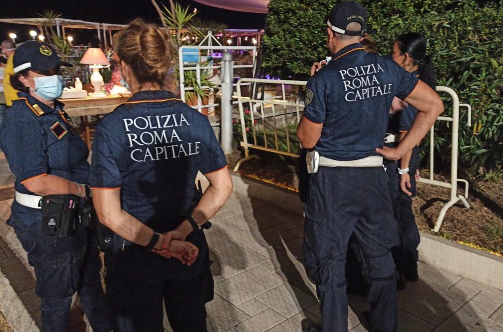 Ferragosto di multe a Ostia: sanzionati 20 automobilisti e uno stabilimento 1