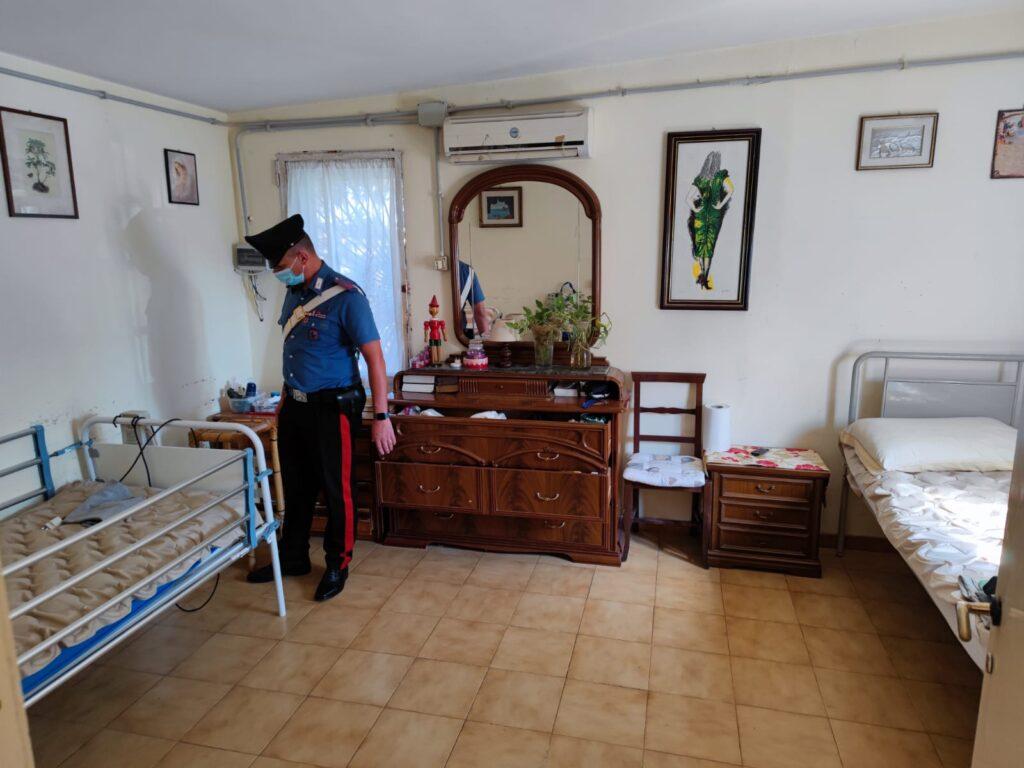 Ardea, scoperta casa di riposo non autorizzata: anziani lasciati tra sporcizia e scarafaggi 1
