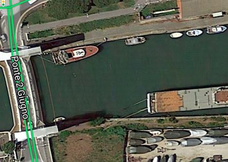 """Fiumicino, banchina vietata ai pedoni. La Capitaneria di Porto: """"È pericolosa"""" 2"""