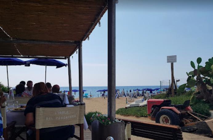 Santa Severa: incendio doloso in un noto ristorante meta di vip e Presidenti della Repubblica 1